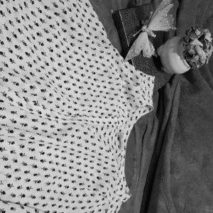 Lila Rose sleeveless rose tunic